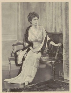 [Fig. 1] Helen Munro Ferguson, wife of the Governor General of Australia, 1885. From State Library Victoria, H82.1232.